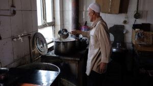 Bere il tè a Kashgar