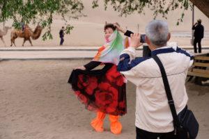 Mingsha Shan, Gansu, Cina: l'amore non ha età